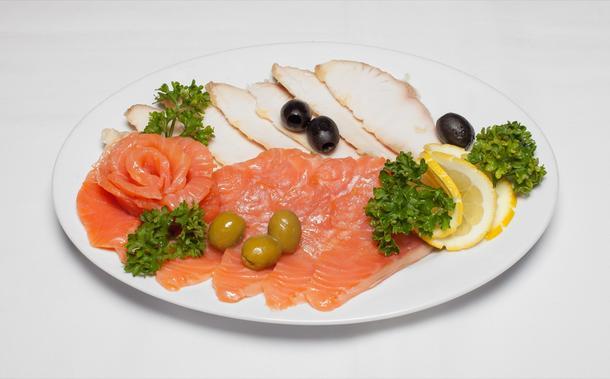 Ассорти рыбных закусок к праздничному столу