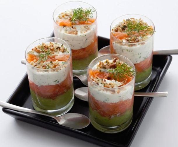 Веррин с салатом из красной рыбы