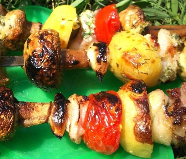 Картофель-гриль и шампиньоны-гриль