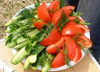 Свежие овощи в нарезке