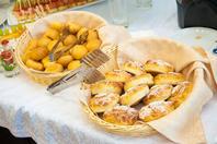 Мини-пирожки с мясом дрожжевые/слоеные